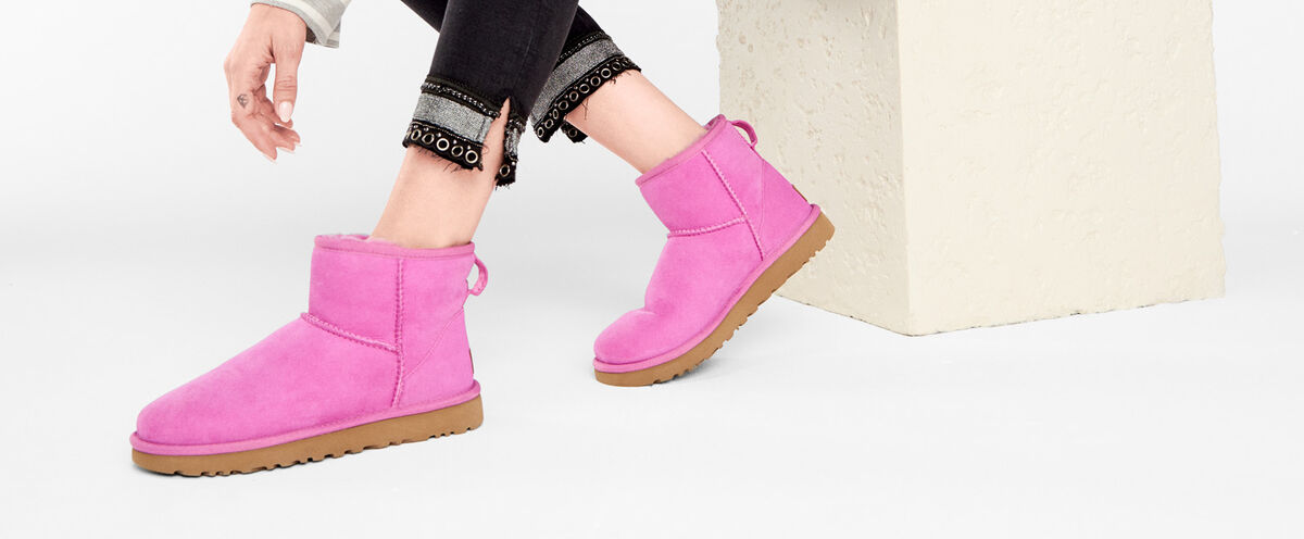 Classic Mini II Boot - Lifestyle image 1 of 1