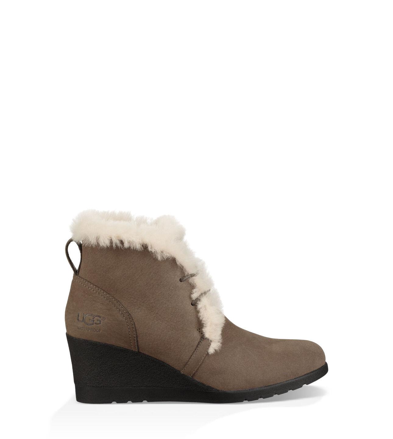 ff1677cf3e4 Jeovana Boot