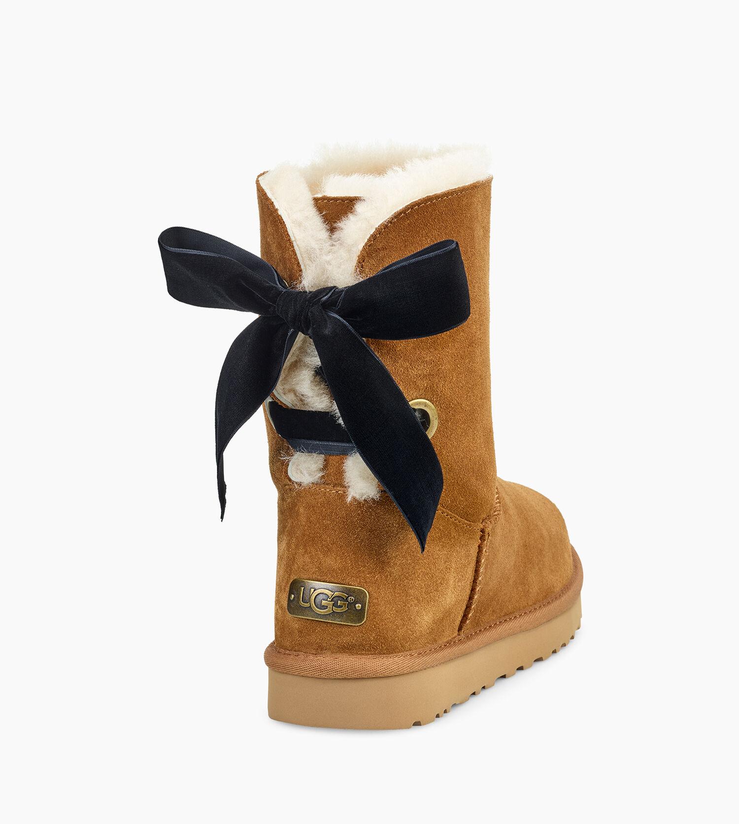 7ec2390eef3 Women's Share this product Short Bailey Bow Velvet Ribbon