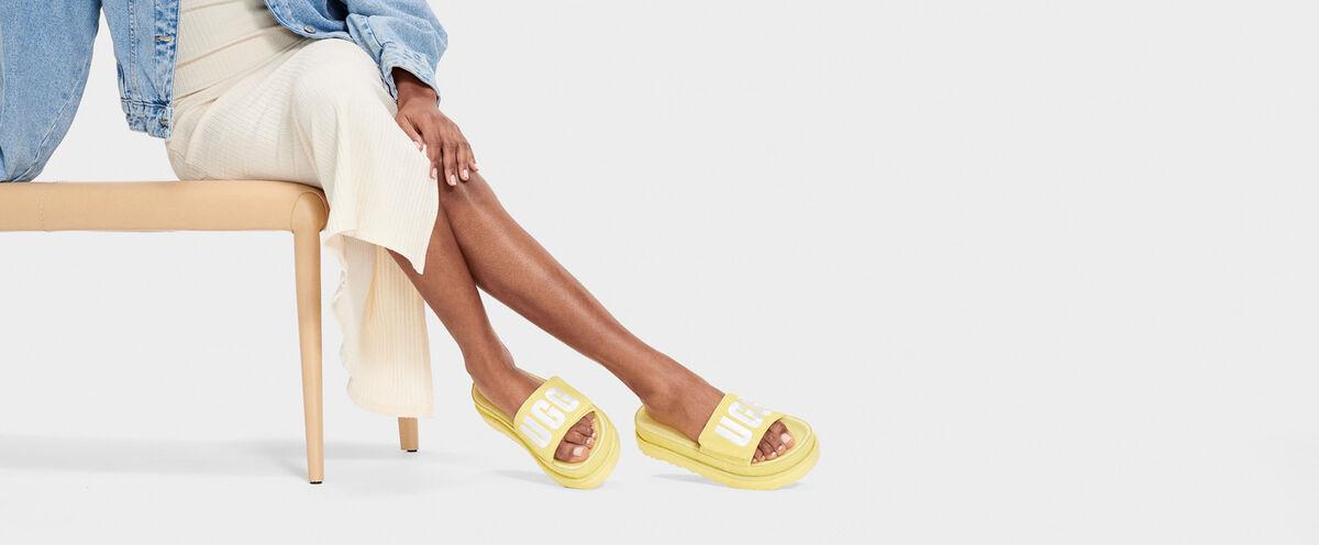 Laton Slide - Lifestyle image 1 of 1