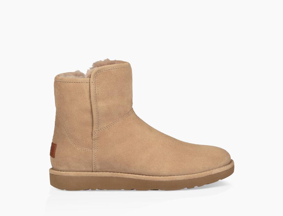 Abree Mini Boot - Image 1 of 6