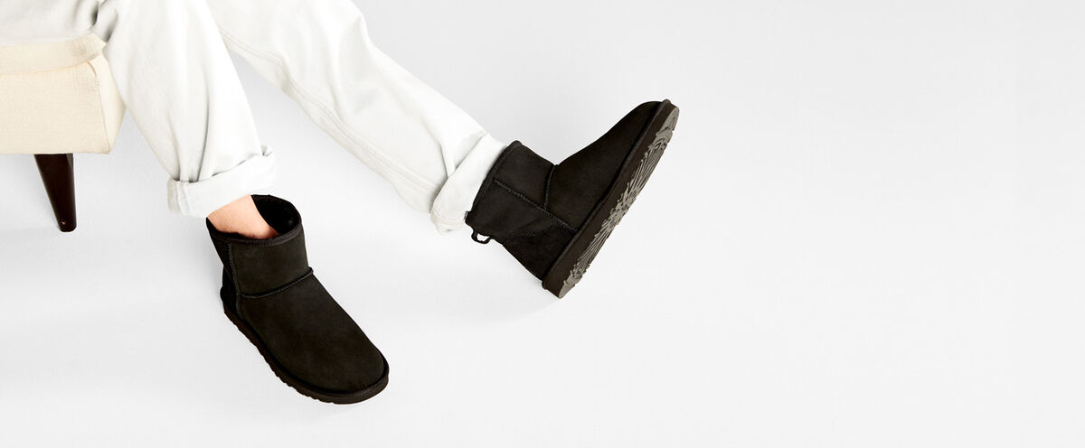 Classic Mini Boot - Lifestyle image 1 of 1