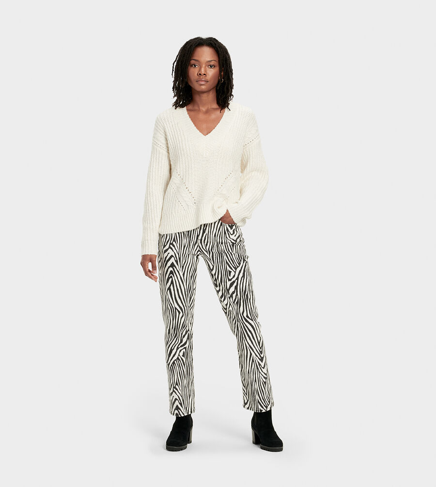 Alva Deep V-Neck Sweater - Image 6 of 6