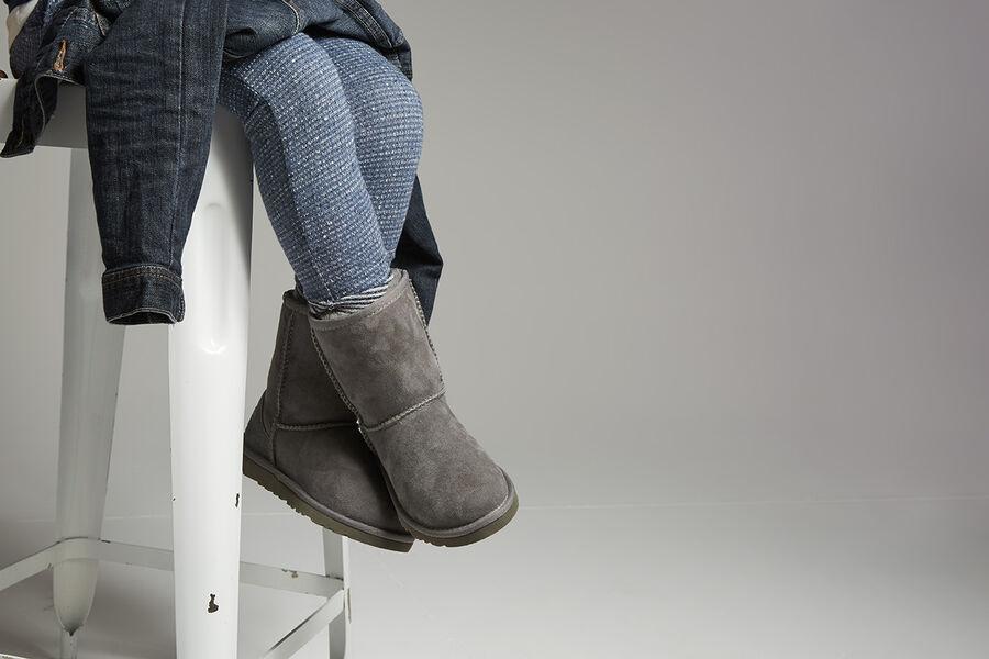 Classic II Boot - Lifestyle image 1 of 1