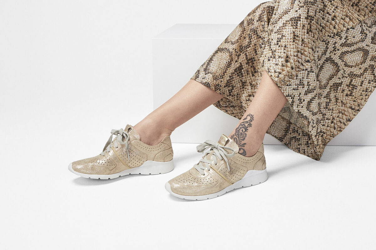 Tye Stardust Sneaker - Lifestyle image 1 of 1