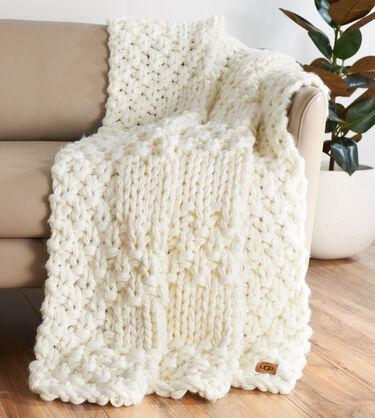 Hava Knit Throw Alternative View