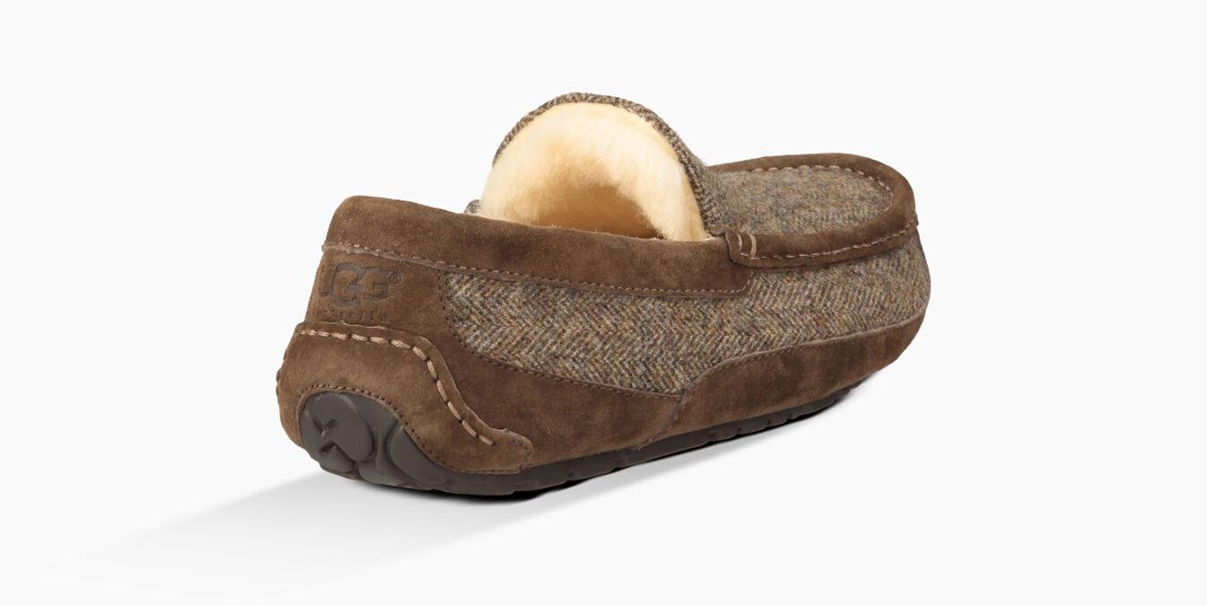 ugg ascot woolrich tweed