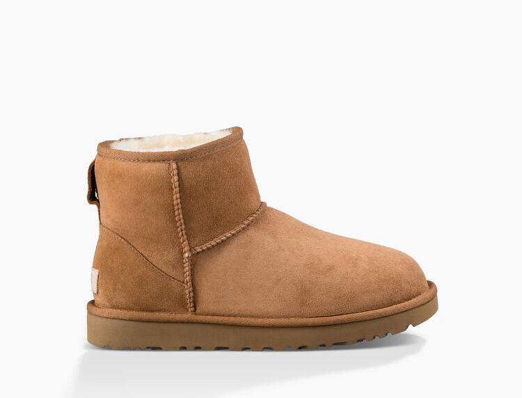 27ccc5306b3 Women's Share this product Classic Mini II Boot