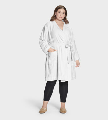 Lorie Terry Robe Plus