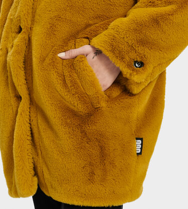 Nori Oversized Coat- Faux Fur Alternative View