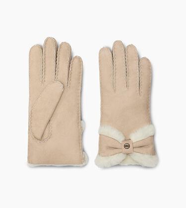Sheepskin Turned Bow Glove Alternative View