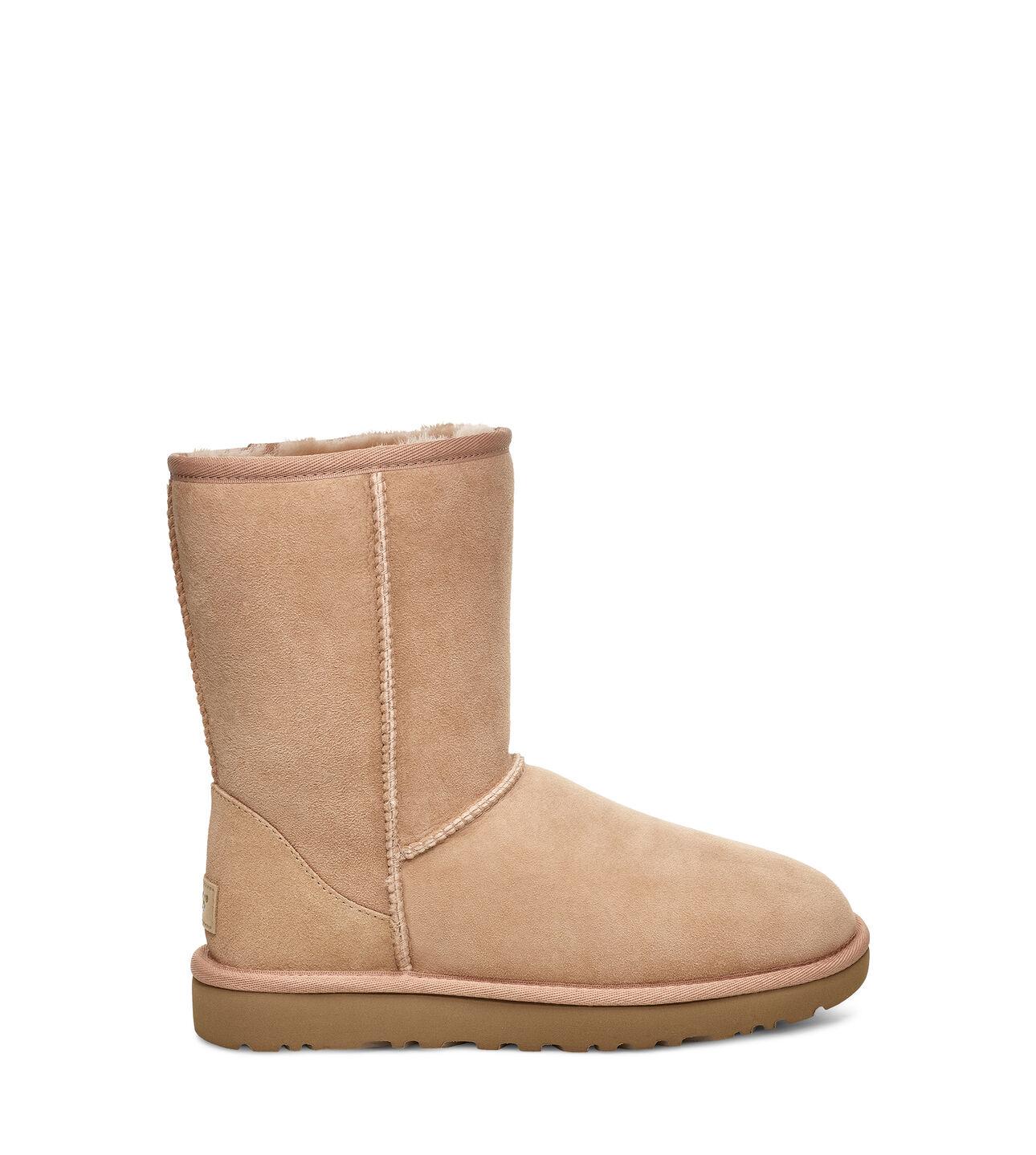 c8f6a822995 Classic II Short Boot