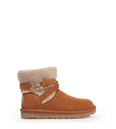 Purl Strap Boot