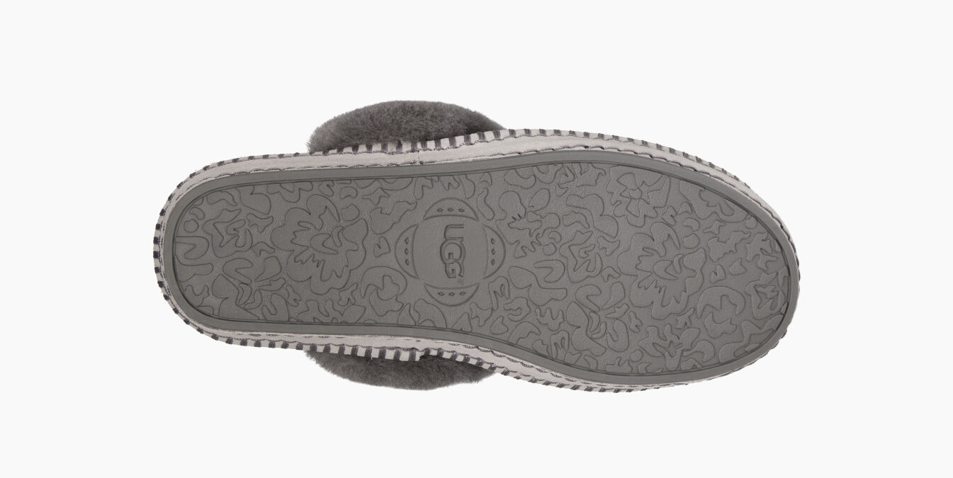 Aira UGG Knit Slippers | UGG® Official