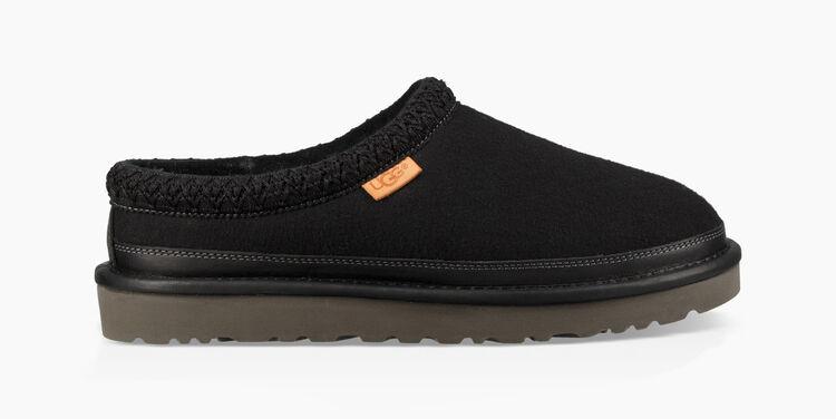 Tasman All Black Slipper