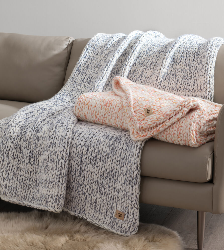 Eloise Knit Throw - Image 3 of 4