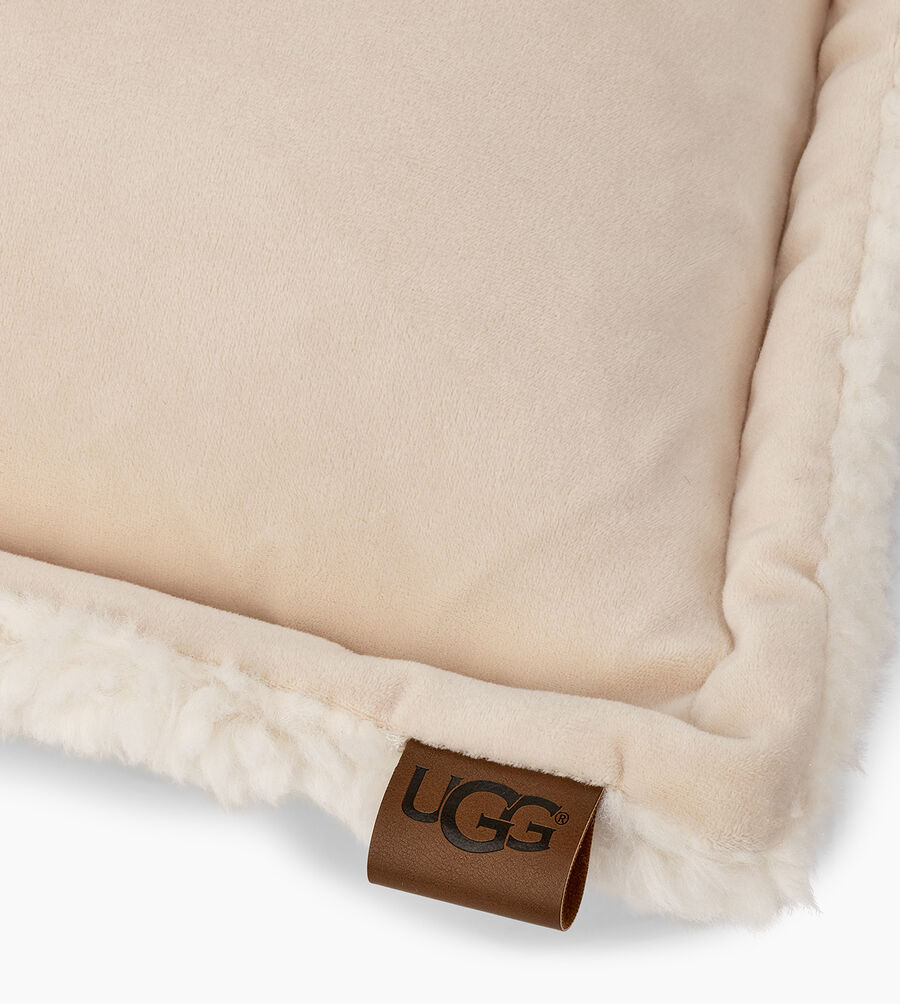 Bliss Sherpa Pillow - Image 4 of 4