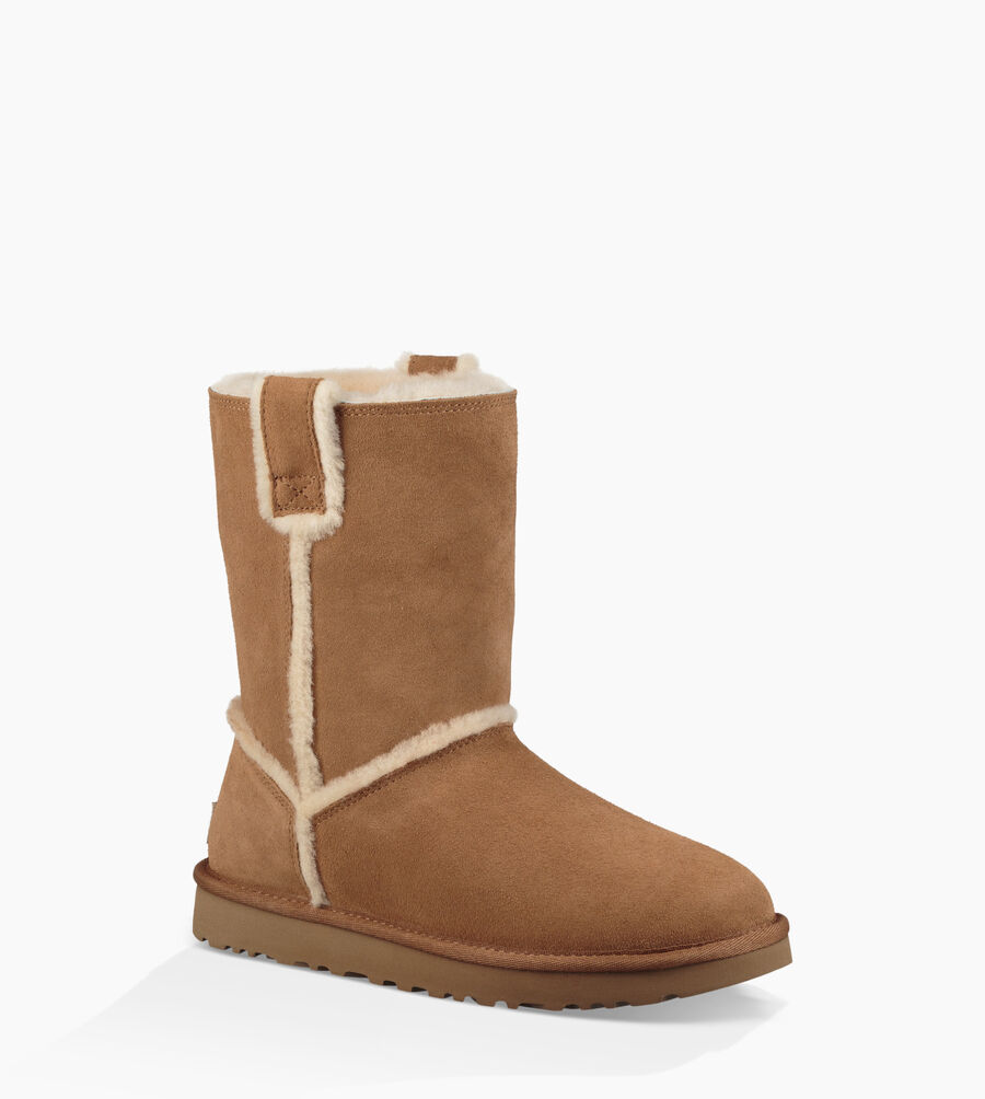 Classic Short Spill Seam Boot - Image 2 of 6