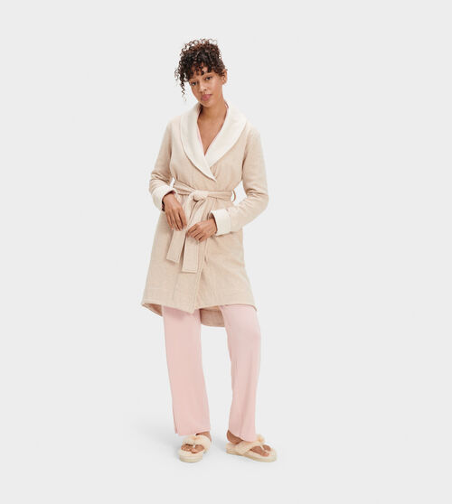 UGG Women's Blanche II Cotton Blend In Tan, Size L A shorter-length version of our best-selling Duffield robe, the Blanche is crafted with soft fleece, so it feels like wrapping yourself in a blanket. Pair with our fluffy slippers and pretend it's the weekend. UGG Women's Blanche II Cotton Blend In Tan, Size L