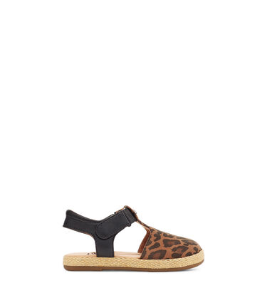 Emmery Leopard