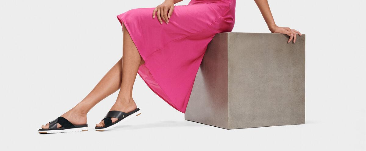 Kari Sandal - Lifestyle image 1 of 1