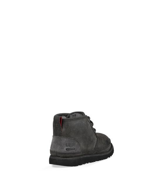 Neumel II WP Boot