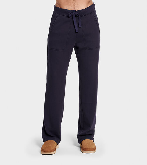UGG Men's Gifford Cotton Blend In Blue, Size S A lightweight feel and relaxed fit make this fleece-lined pant a favorite of frequent fliers and weekend warriors. UGG Men's Gifford Cotton Blend In Blue, Size S