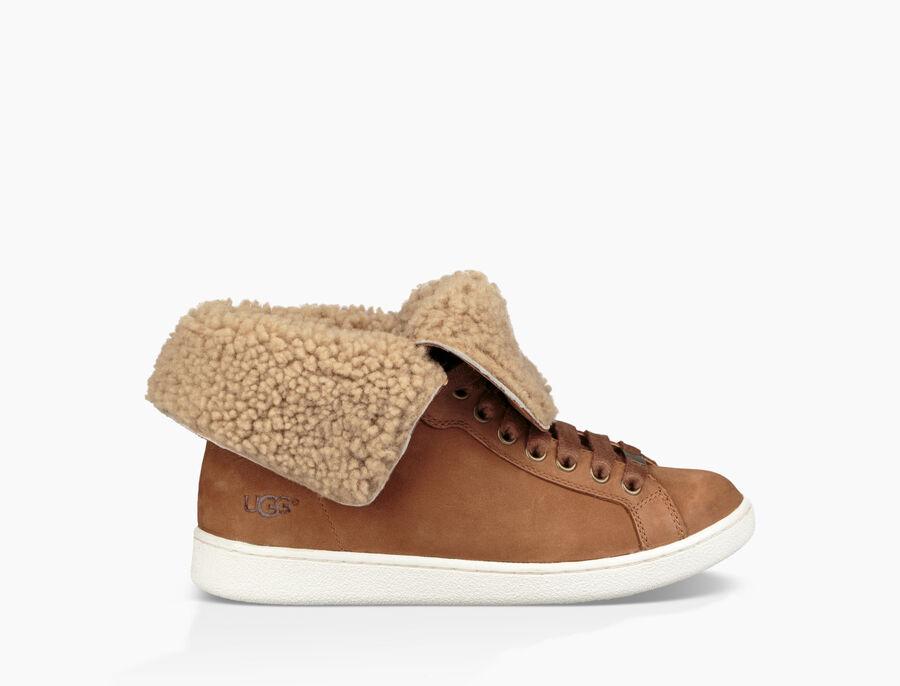 Starlyn Sneaker | Tuggl