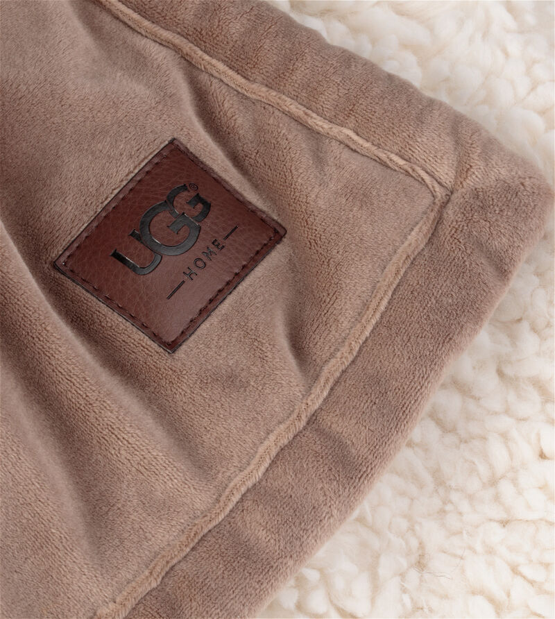 Bliss Sherpa Throw