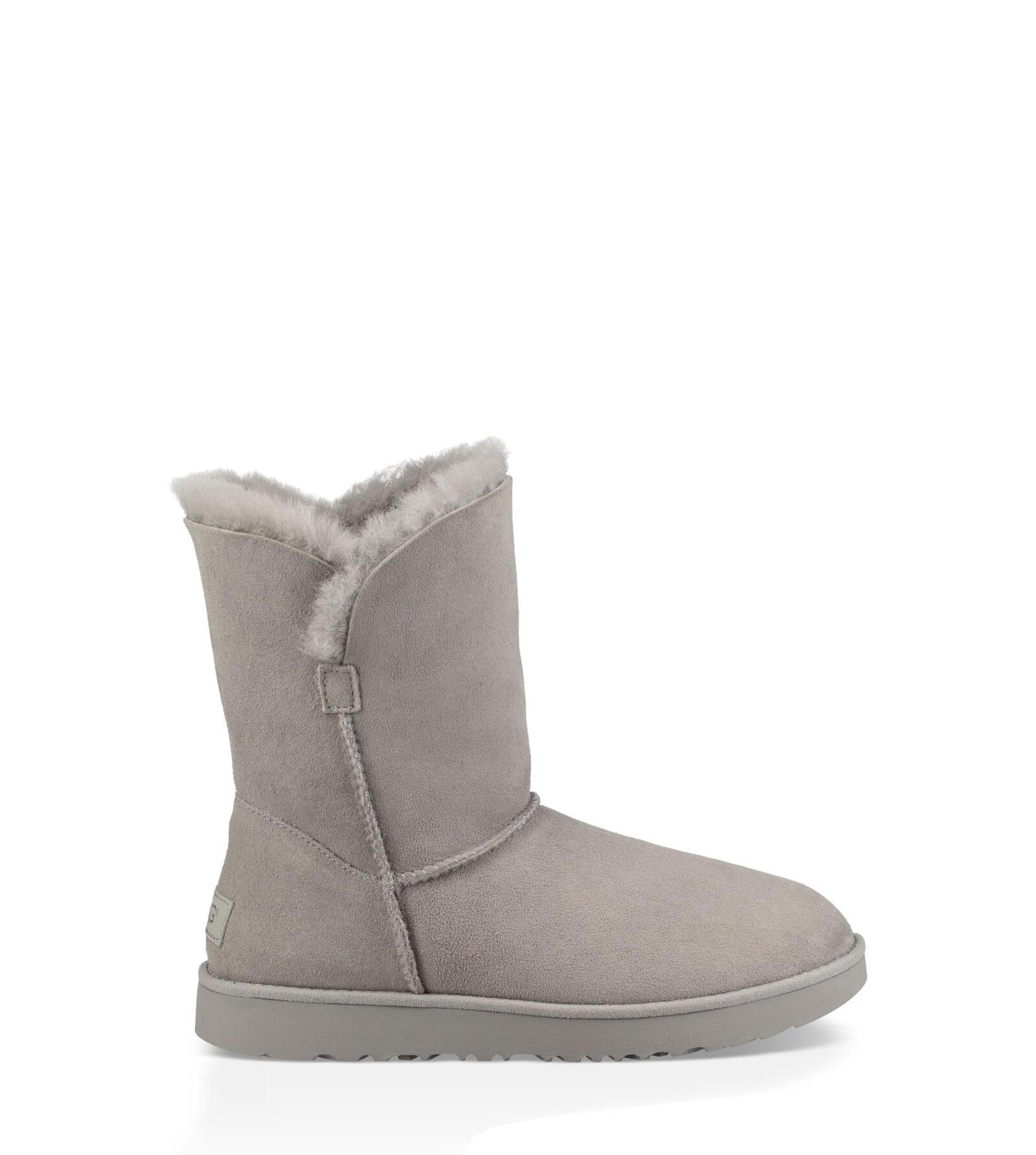 Classic Cuff Short Boot