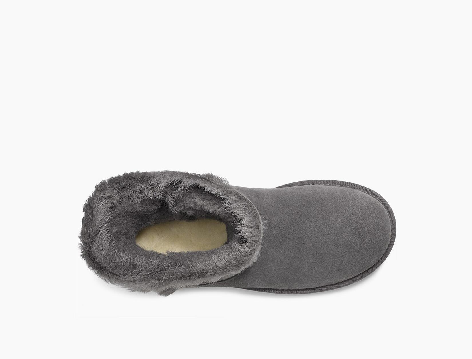 Classic Short Fluff High-Low Boot