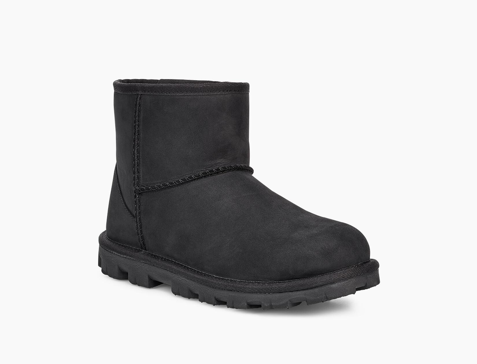 Essential Mini Leather Classic Boot