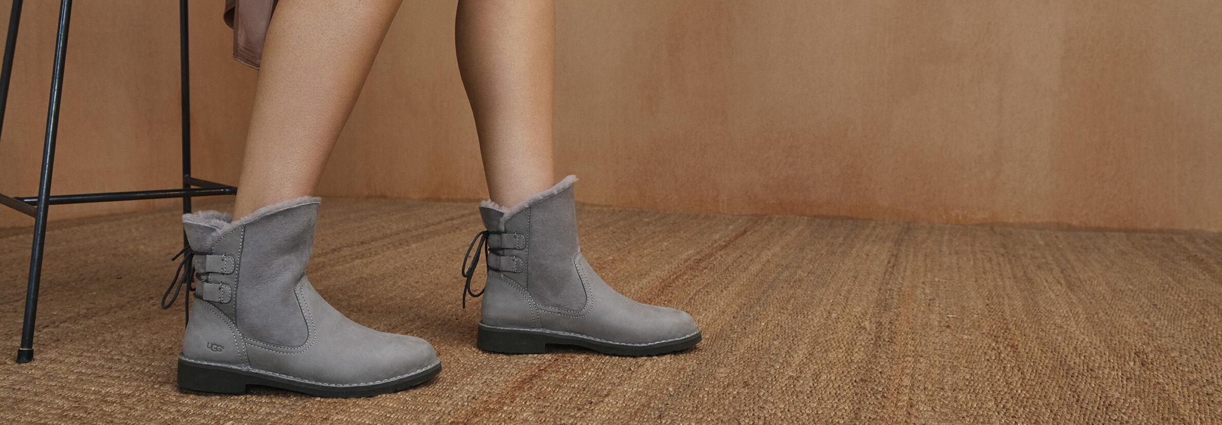 UGG® Naiyah Classic Boots für Damen