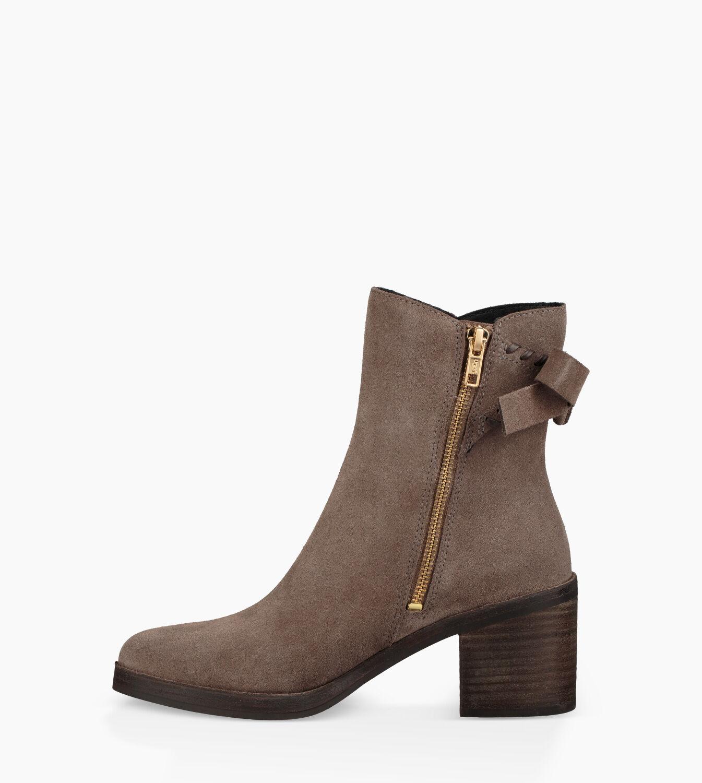 UGG® Fraise Whipstitch Fashion Boots