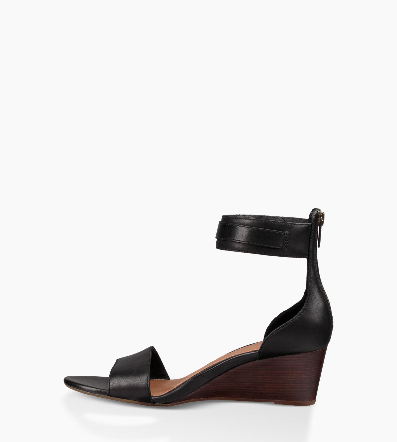 Char Sandalen mit Keilabsatz