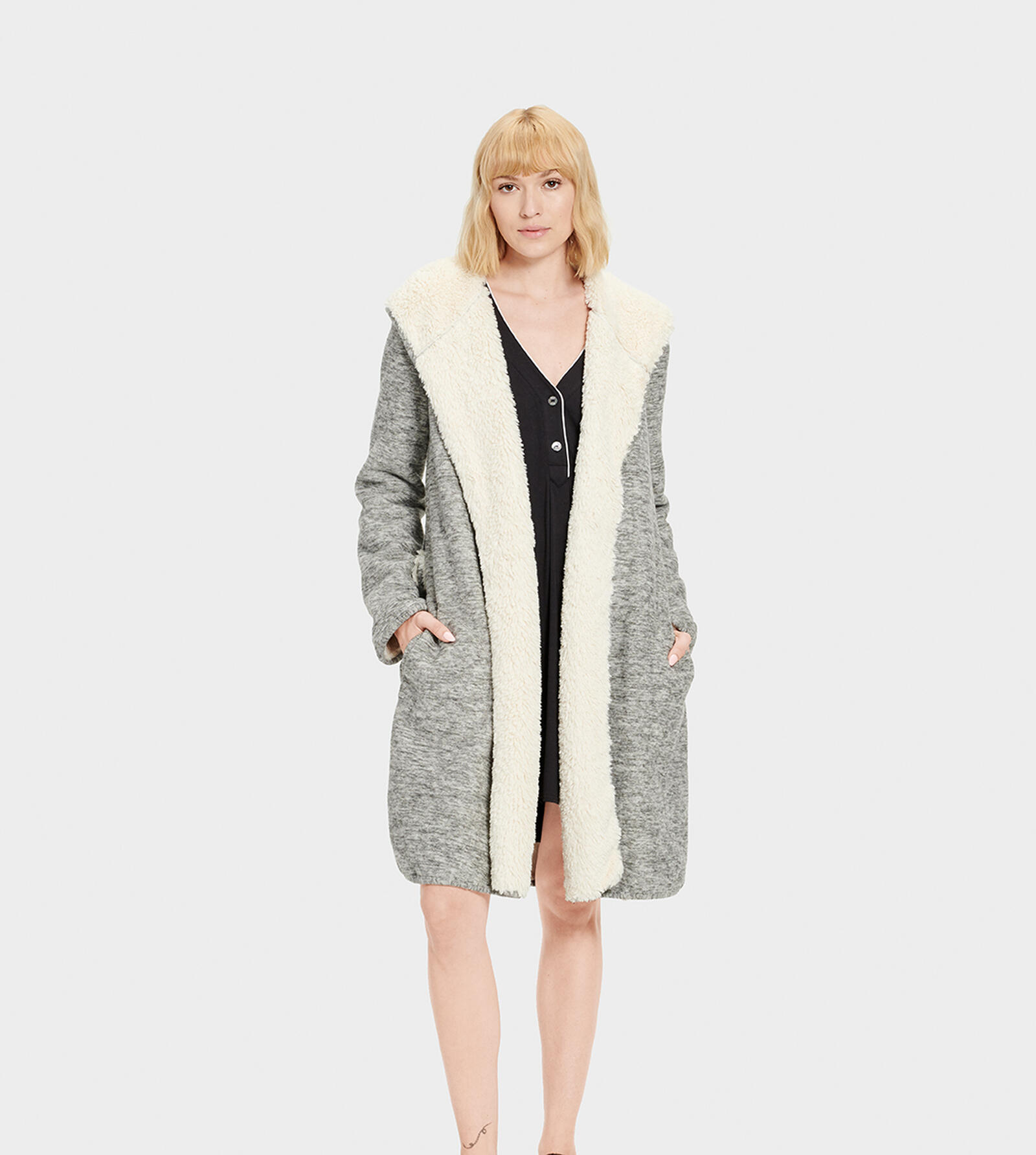 Portola Reversible Dressing Gown