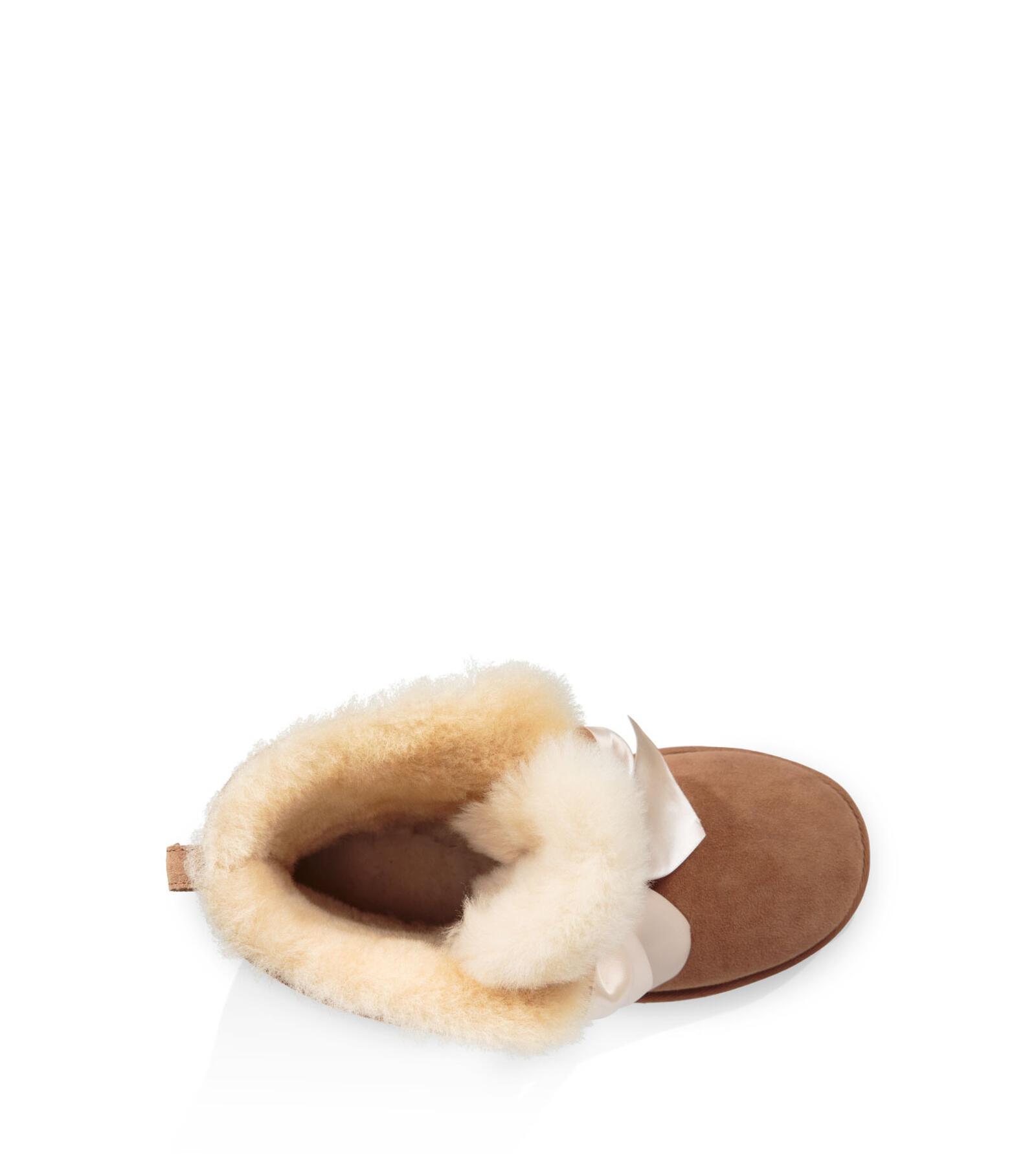 Gita Bow Mini Boot