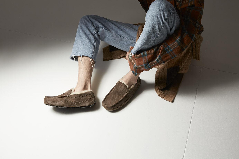 UGG® Ascot Slippers for Men   UGG® Portugal