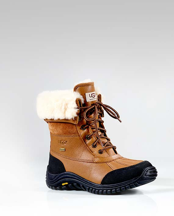 Women's Lace up Flat Short Cold Weather Winter Boots