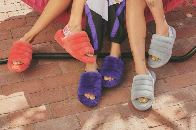 Women's slippers.