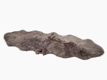 SHEEPSKIN AREA RUG-DOUBLE